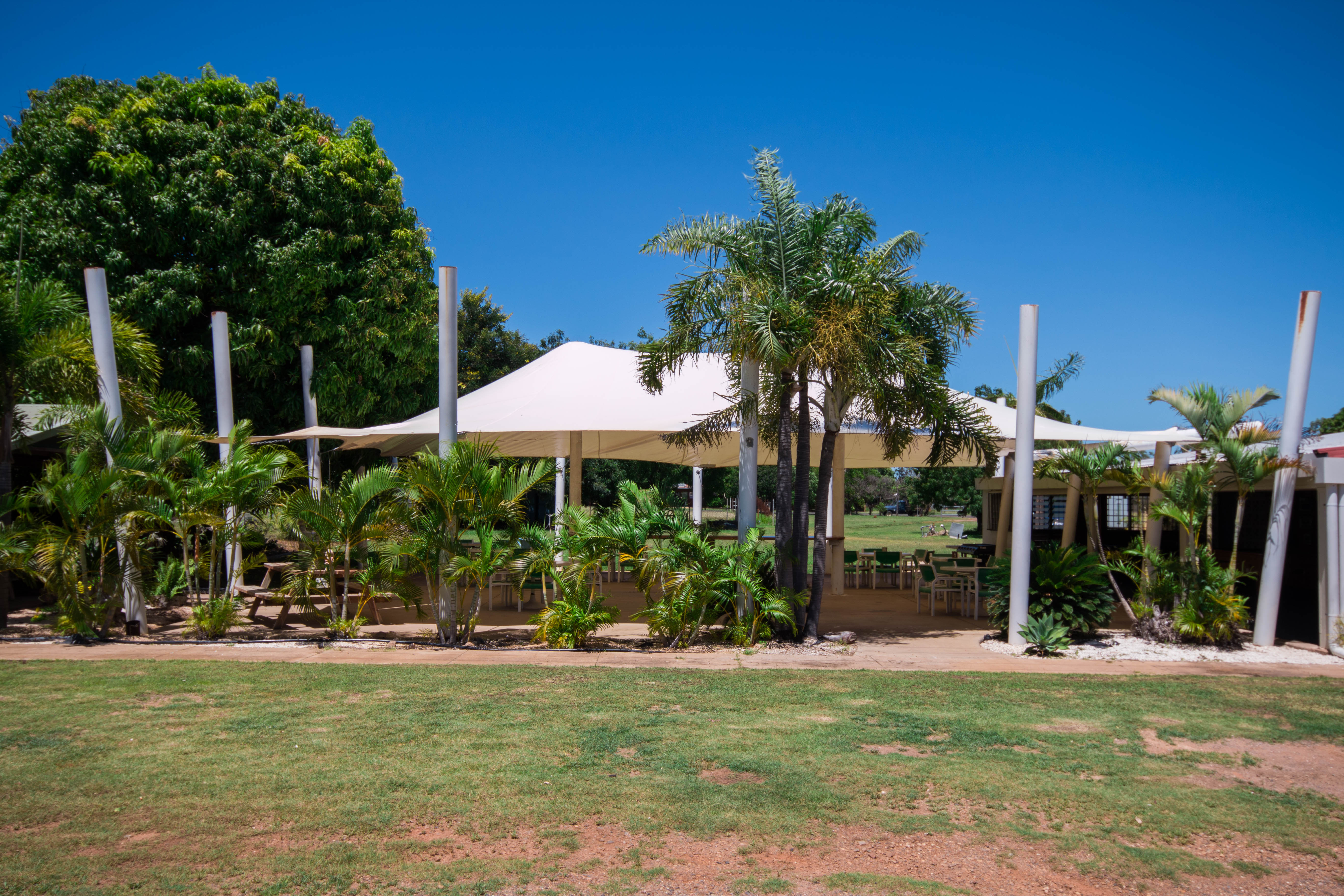 Beer Garden Chillagoe Cockatoo Hotel