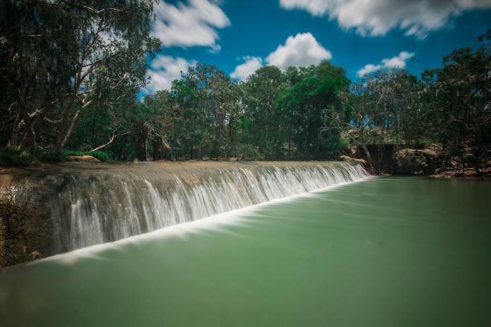 Weir 1.jpg