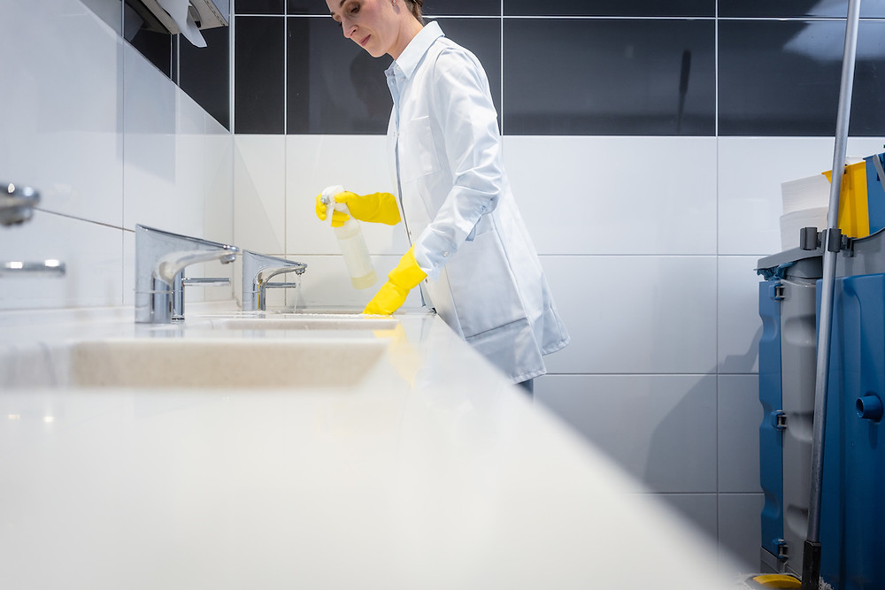 washroom janitorial and contract cleaning