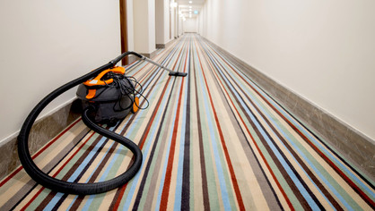 When FM companies outsource carpet and upholstery cleaning