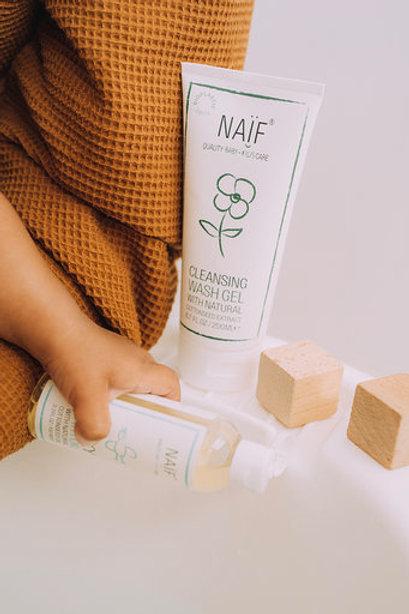Naïf Care - Cleansing wash gel