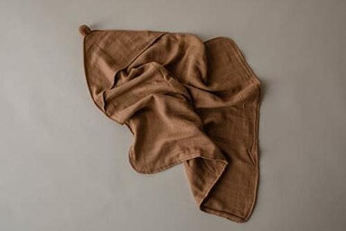 Play at Slaep - hooded organic towels Camel