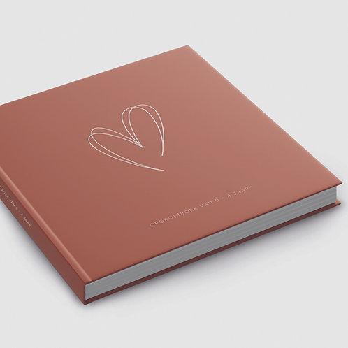 Minne & Mine - Opgroeiboek 0 t/m 4 jaar