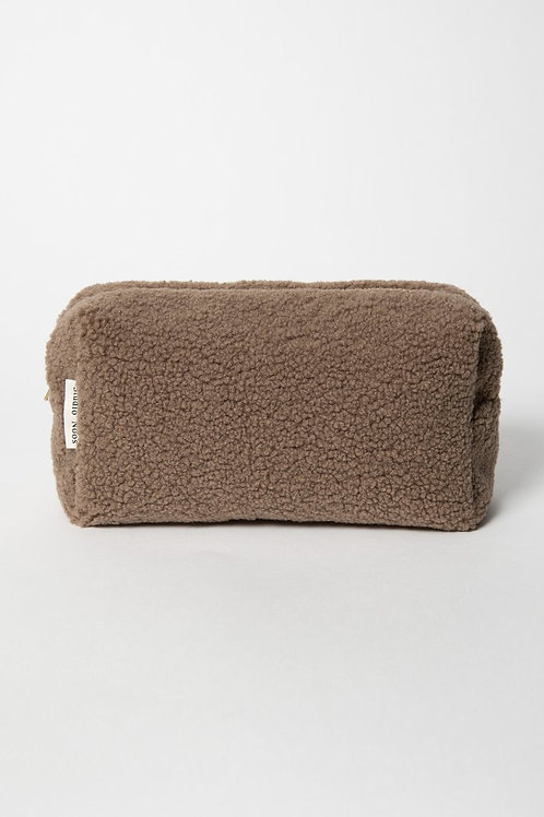 Studio Noos - Brown chunky teddy pouch