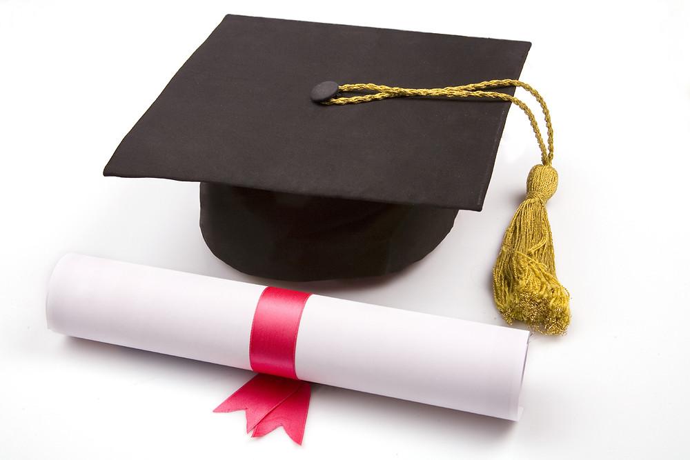 diploma-and-degree-cap-wallpaper-1.jpg