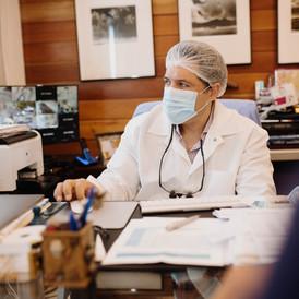 Consulta con Dr. Cestero