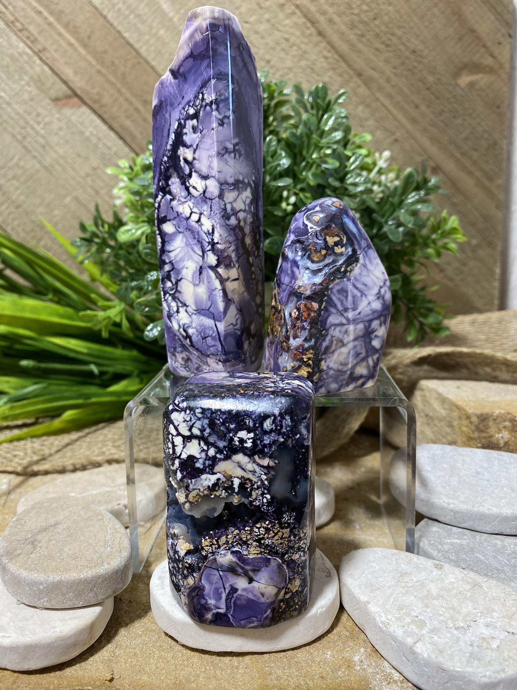 Tiffany Stone 12