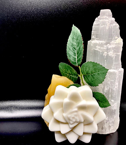 WHITE LOTUS SOAP BAR