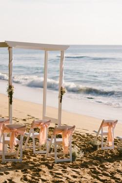 A delicate beach set up