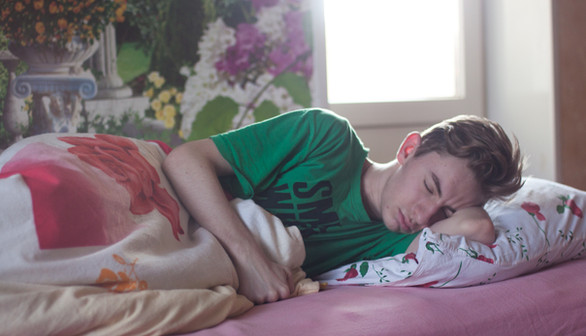 bed-bedroom-boy-296817.jpg