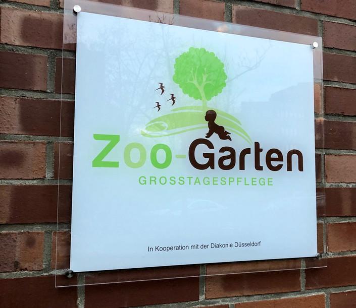 Außenschild_Zoo-Garten.jpg