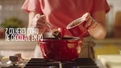 QUALY - Produção Culinária, Food Styling e modelo de mão
