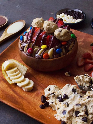The ULTIMATE sweet toppings bowl😱. Nute