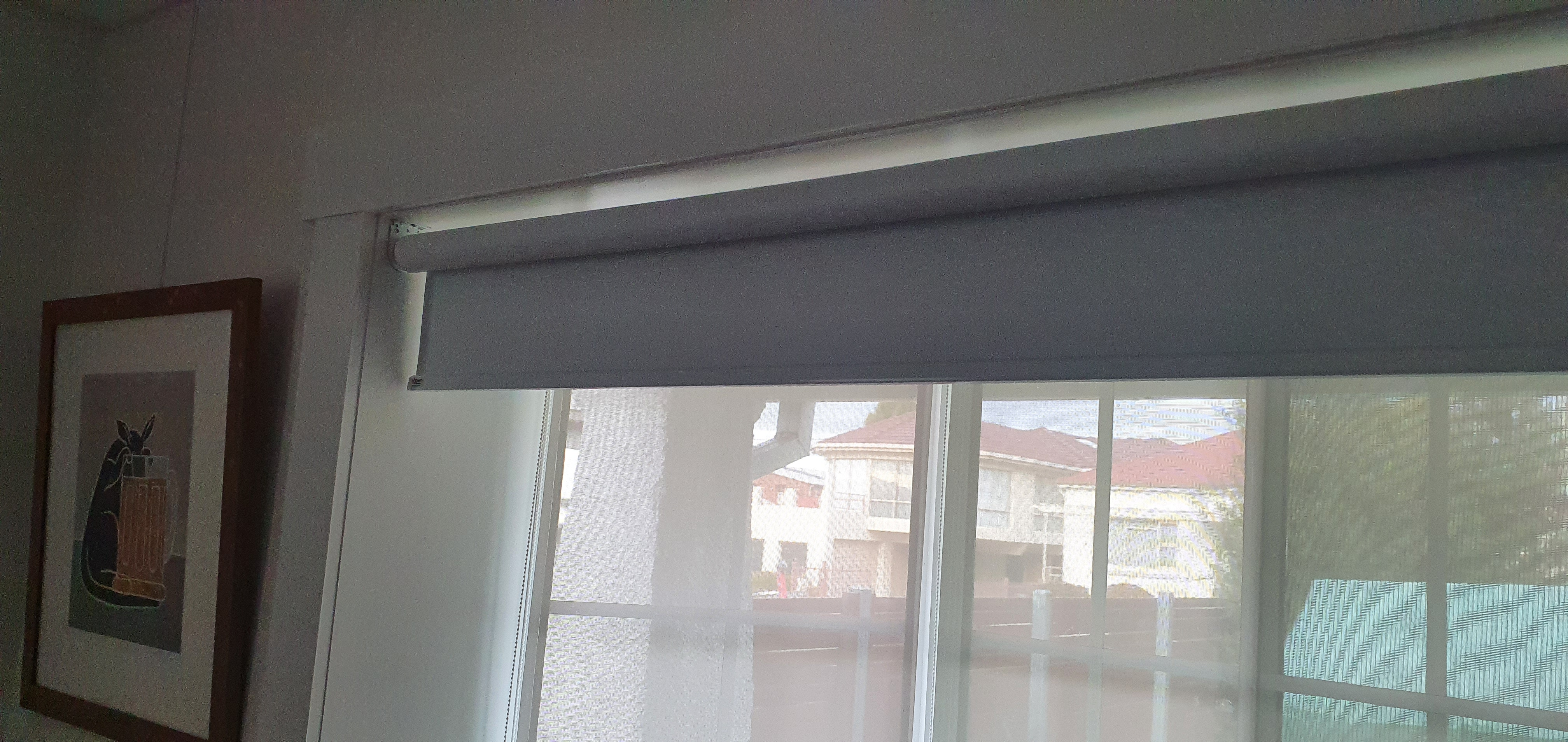 Block out roller blind over bay window s