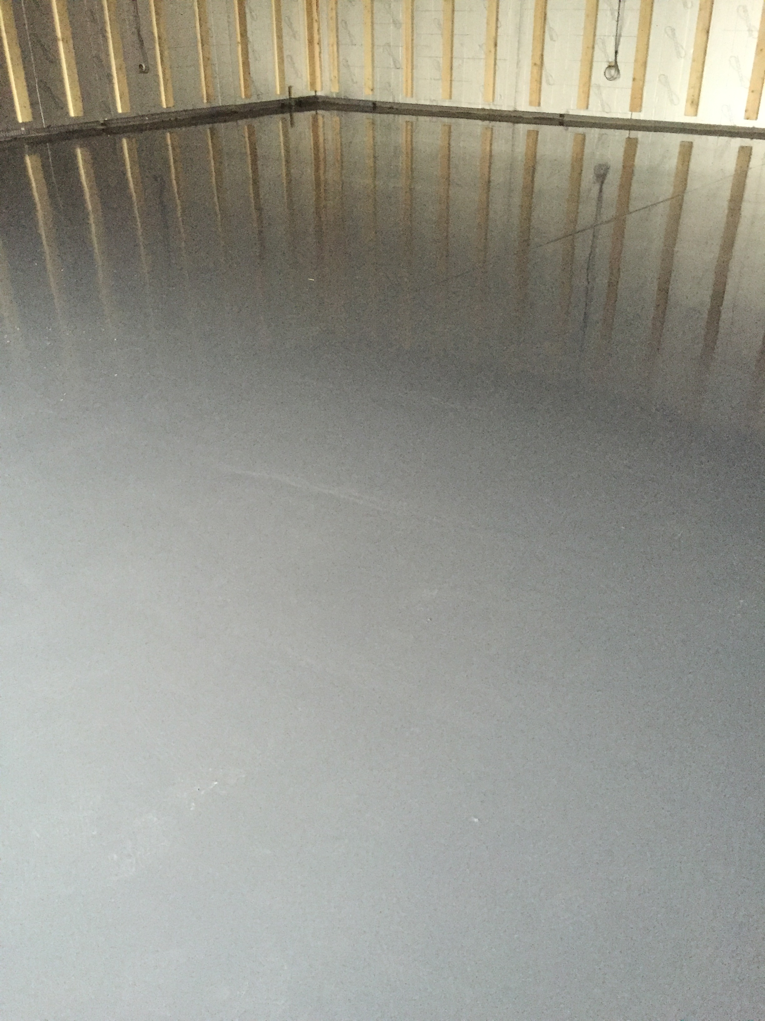 Epoxy resin floor seal