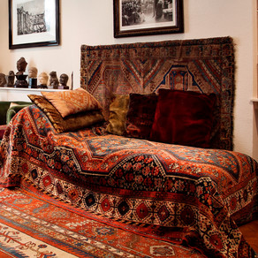 Sigmund Freud & his famous couch