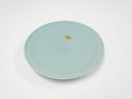 写真を陶器(皿)にレーザー彫刻