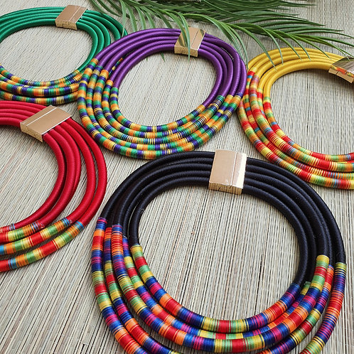 "Collier multiple rangs ""MADRAS"""