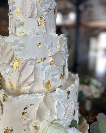 painted buttercream gold leaf wedding ca
