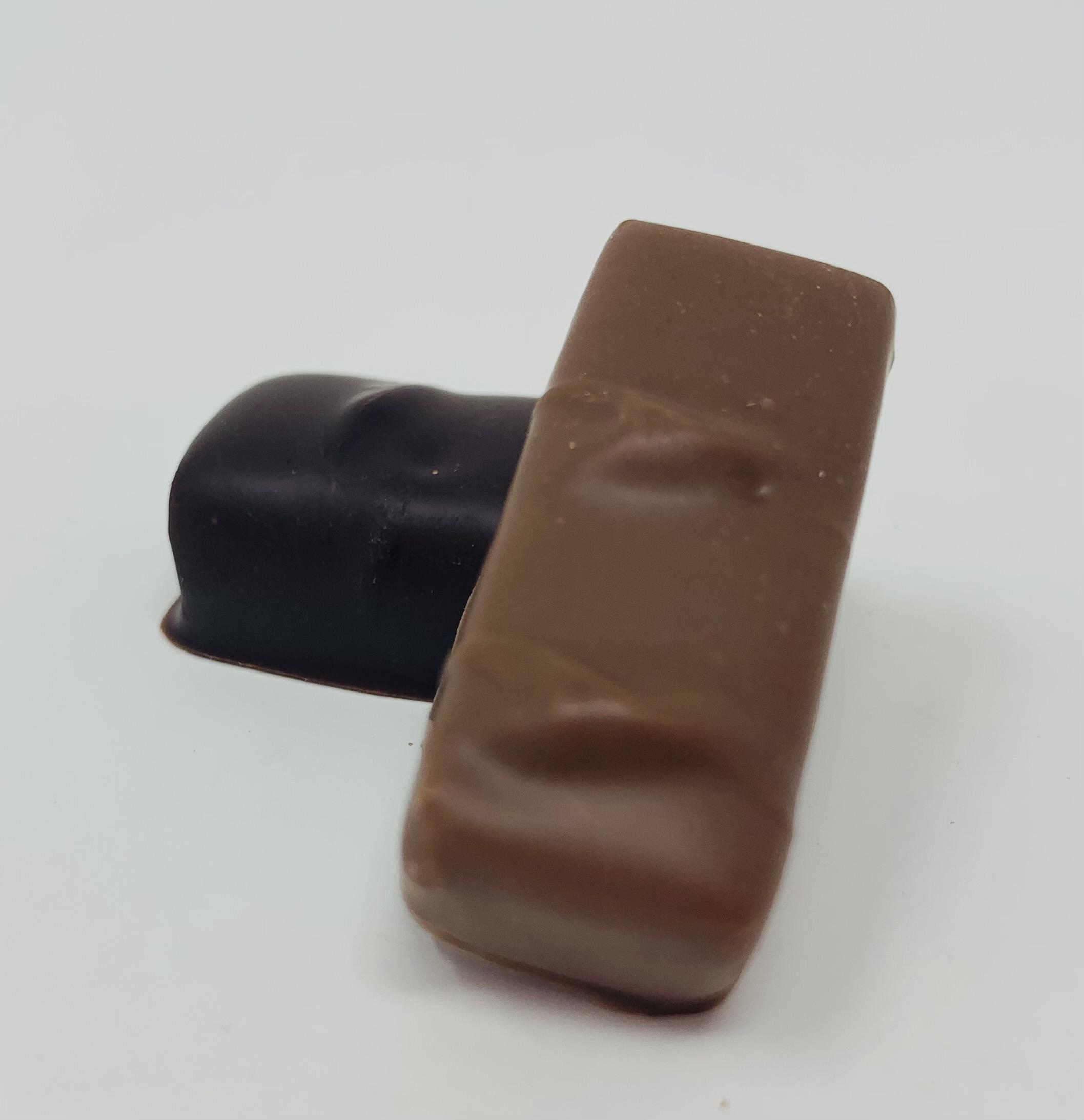 Praliné noir ou lait Amandes Noisettes fondant