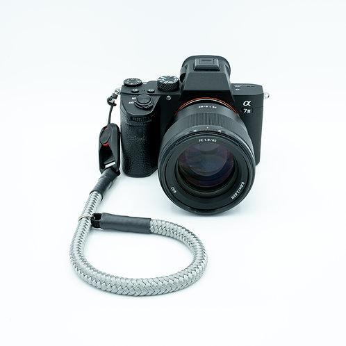 Handschlaufe Trageschlaufe für alle Kameratypen grau 10mm Peak