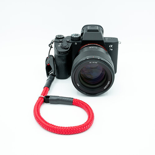 Handschlaufe Trageschlaufe für alle Kameratypen rot 10mm Peak