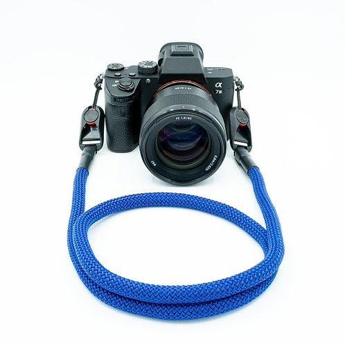 """Kameraseil Trage/Schultergurt für alle Kamerahersteller Farbe """"kräftiges blau"""""""