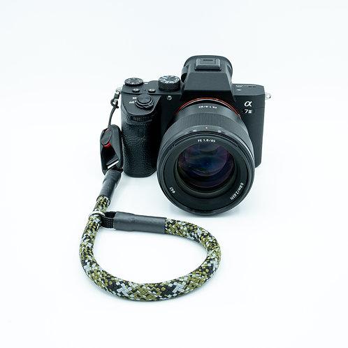 Handschlaufe Trageschlaufe für alle Kameratypen Camouflage 10mm Peak