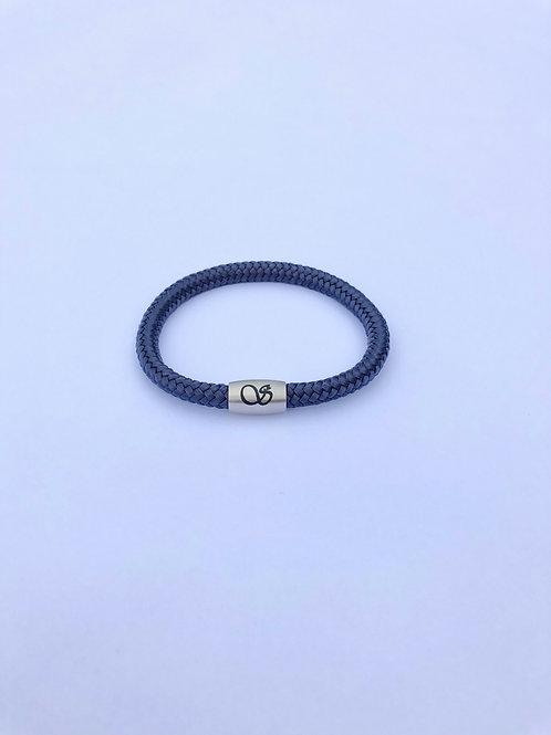 Handgefertigtes Magnetarmband 6mm MARINEBLAU