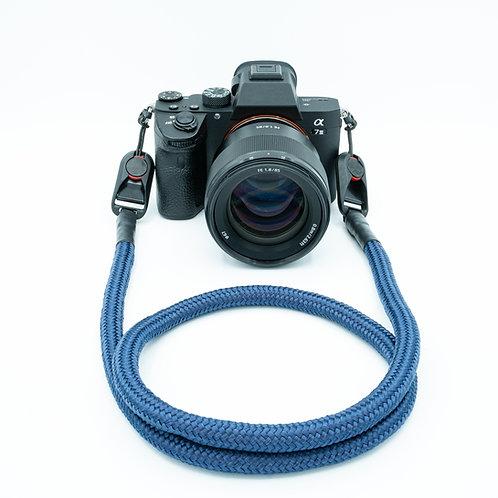 """Kameraseil Trage/Schultergurt für alle Kamerahersteller Farbe """"marieneblau"""""""