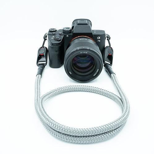 """Kameraseil Trage/Schultergurt für alle Kamerahersteller Farbe """"grau"""""""