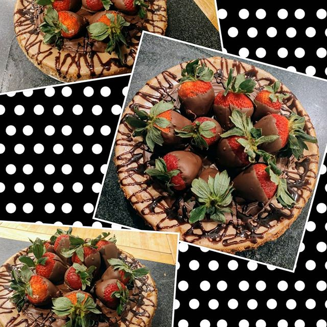 STRAWBERRIES & CHOCOLATE Strawberry!Trip