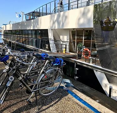 river cruise bikes.webp