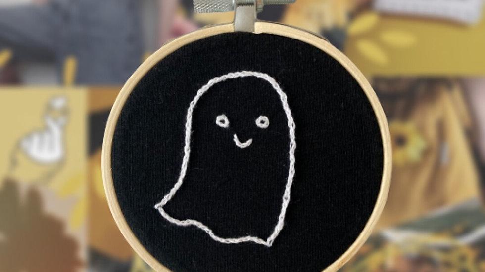 Cute Ghost Outline | Embroidery Hoop