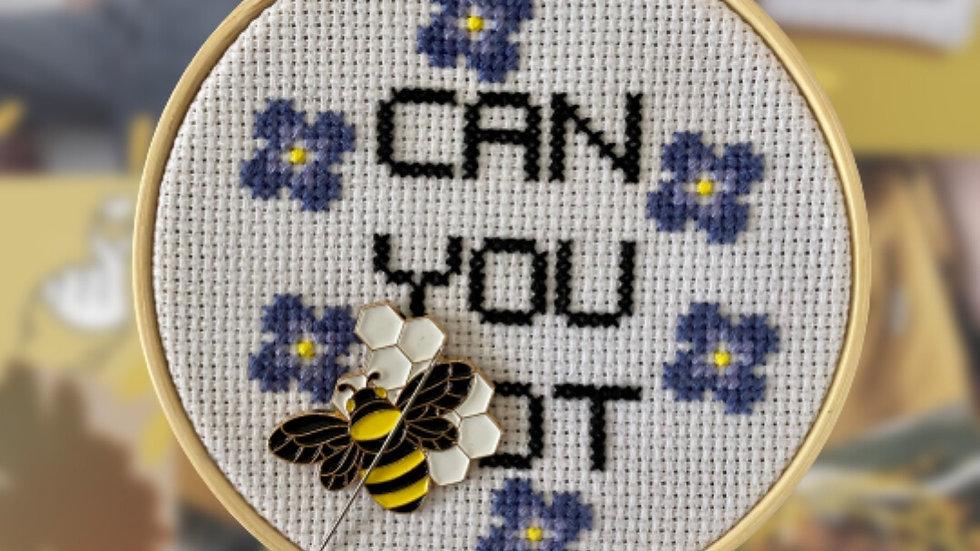 Bee | Needle Minder