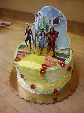 Wix of Oz cake.JPG