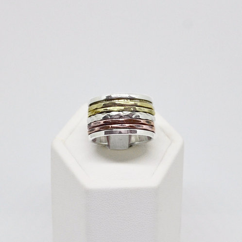 Three Tone Spinner Ring