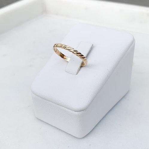 Thin Gold Twist Band Ring