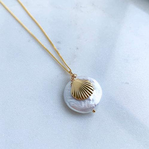 Fan Shell Pearl Necklace