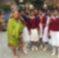 Cyn-ladies with Indian school girls.jpg