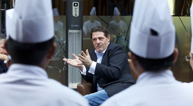 Best corporate portrait PR photographer Dubai