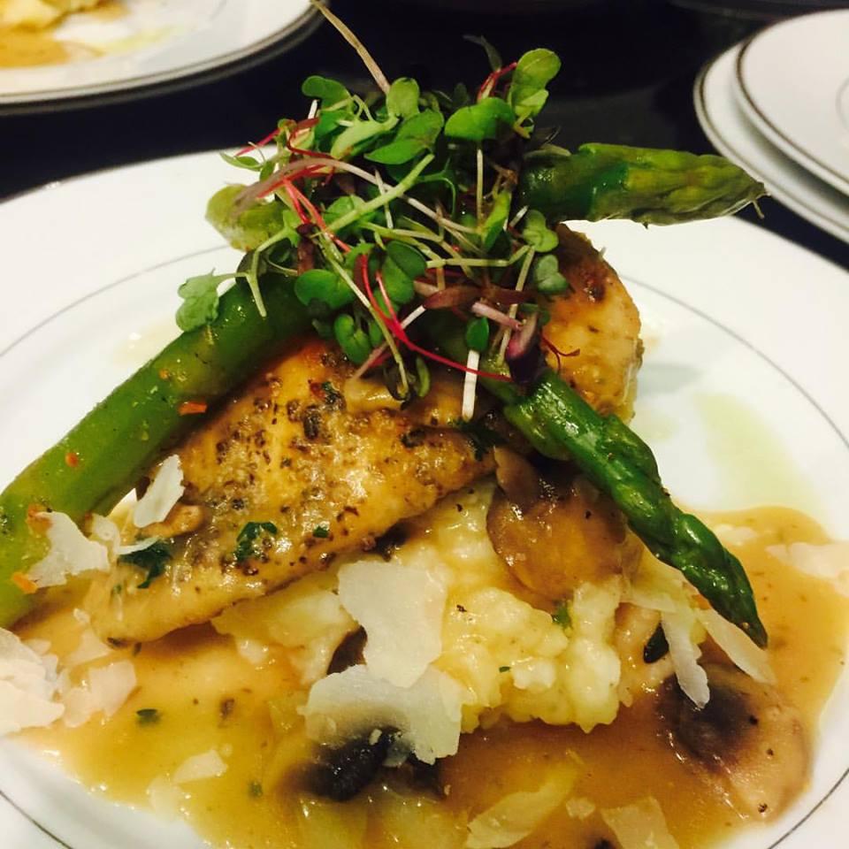 Close Up Chicken Marsala