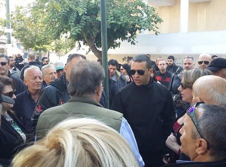 """Οργή Ελλήνων στην πλατεία Βικτωρίας! Ηλίας Κασιδιάρης: """"Να φύγουν οι λαθρομετανάστες"""""""