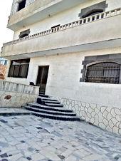 بيت للبيع قبل محافظه مادبا يبعد عن الكنج اكاديمي اقل من 1كيلو من المالك مباشرة