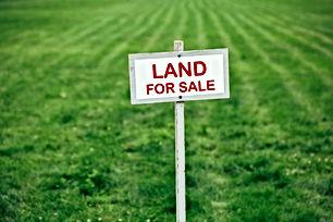 ارض للبيع في اربد - الحصن مقابل كليه  الحصن تصلح لاسكان