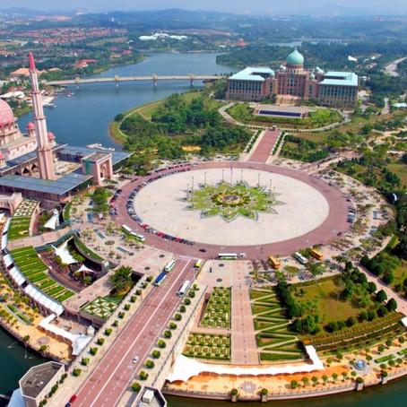 مسجد بوترا من أجمل المساجد في العالم يقع في ماليزيا