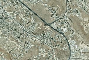 أرض مطلة للبيع 330 متر في المرقب مطلة على جسر صالحية العابد بسعر مغري