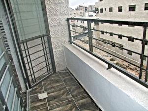 شقة طابق ارضي مع بلكون وطابق اول للبيع 125 متر من المالك مباشرة