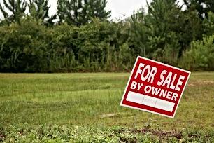 للبيع ارض مساحة 8 دونمات وربع طريق اربد الرمثا شارع البتراء