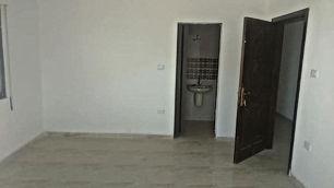 شقة للبيع بدفعه 10000 دينار وقسط 400 دينار بدون بنوك